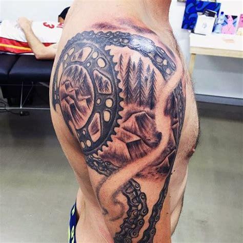 motocross tattoos fuer maenner dirt bikedesignideen