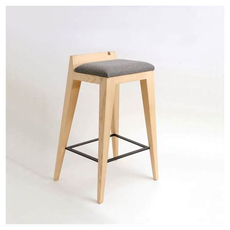 tabouret de bar design en bois om 16 0 mjiila
