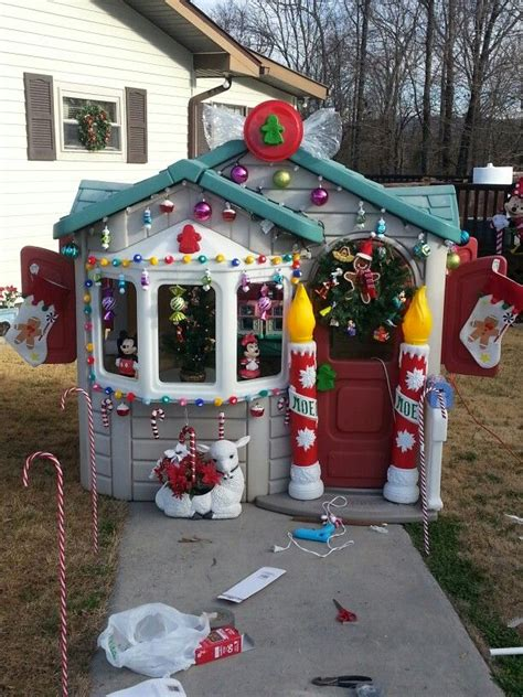 gingerbread house     playhouse diy