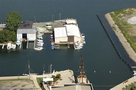 Boat Service Erie Pa by Boat Store In Erie Pennsylvania United States