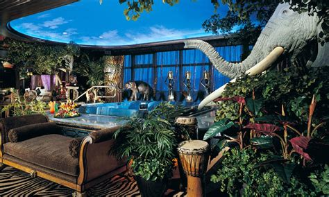forest themed room african themed lounge  safari