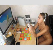 Ultra Sexy Nerdy Gamer Girl Lounges Around Nude At Thin And Naked