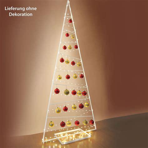 Weihnachtsbaum Aus Metall Groß by Dekobaum Jule Aus Wei 223 Lackiertem Metall Mit Quot 196 Sten Quot Zum