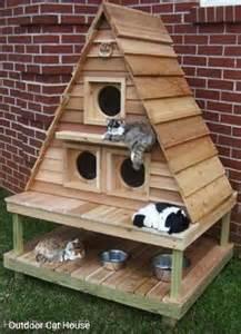 diy cat house this outdoor cat house diy