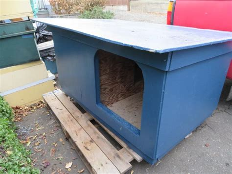 Free Insulated Animal Shelter Dog House Saanich Victoria