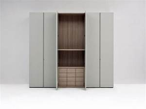 Designer Garderobe Holz : design garderobe in lackiertem holz mit modularen interieur idfdesign ~ Sanjose-hotels-ca.com Haus und Dekorationen