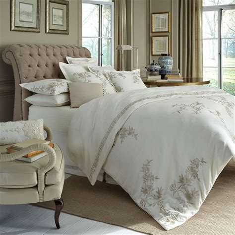 uuu dransfield  ross house fiore bedding collection