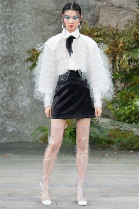 Karl Lagerfeld Style Blog Canadian Fashion And