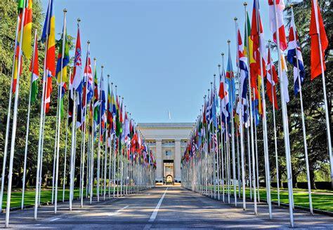 si鑒e de l onu séminaire international à ève sur les statuts d autonomie et la régionalisation question