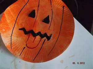 Comment Faire Une Citrouille Pour Halloween : citrouille sur assiette je m 39 amuse avec nounou maman ~ Voncanada.com Idées de Décoration