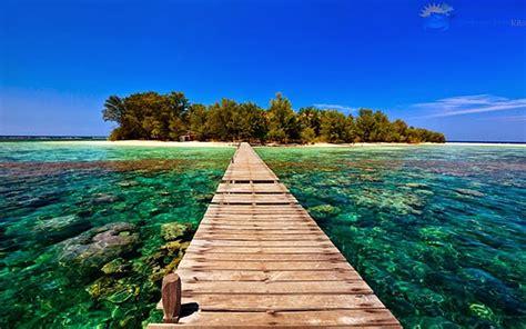 tempat wisata bahari terindah  tereksotis
