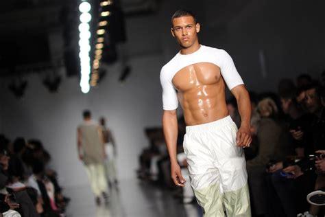 Male Crop Top Also Shows Boobs u2013 Amsterdam Fashion Tv Blog
