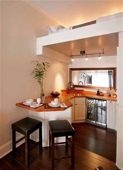 prix béton ciré plan de travail cuisine rangement de cuisine efficace dans un tiny house