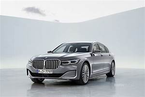 First videos of the 2019 BMW 7 Series Facelift