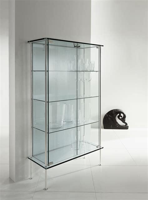 vitrine en verre shine by t d tonelli design design donato d urbino paolo lomazzi