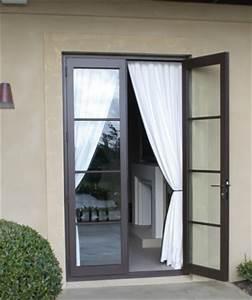 fenetres et portes fenetres aluminium fenestore With porte d entrée pvc avec fenetre coulissante alu