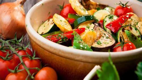 cuisiner avec la plancha cuisine recette de la ratatouille plats cuisine vins