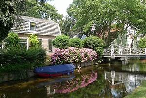 Linda van den, broek : RE/MAX executives realty : Home
