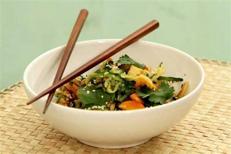 cuisine au wok lyon recette de wok de légumes cuisinés au tofu facile et rapide