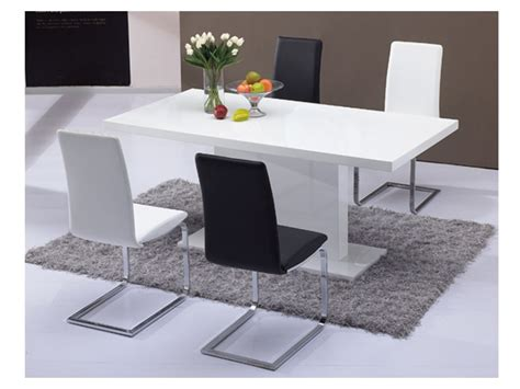 table a manger laque blanc table 224 manger soliste 6 couverts mdf blanc laqu 233