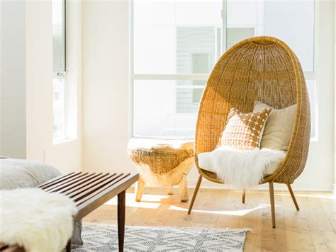 find  egg shaped wicker chair