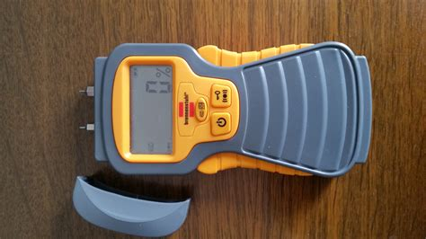 fugenschimmel im bad entfernen feuchtigkeit in der wand messen feuchtigkeitsmesser vergleich die 5 besten ger te im