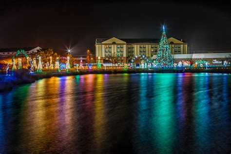 11 18 2014 22nd annual winterfest of lights gets