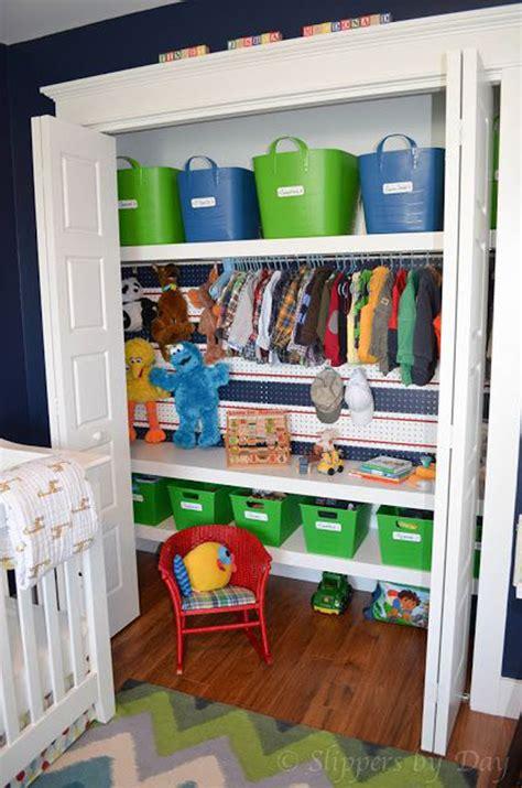 small kids closet designs