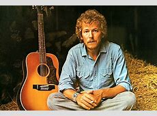 Unpopular Opinion Gordon Lightfoot Records Are the Best