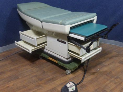 used exam tables for sale used midmark 405 exam table for sale dotmed listing 819383