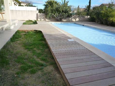 nivrem terrasse bois piscine montpellier diverses id 233 es de conception de patio en bois