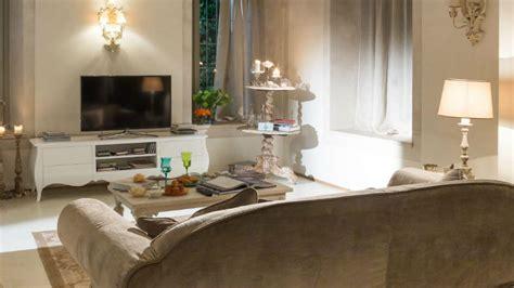 Mensole Porta Tv by Mensole Porta Tv Arredi Funzionali In Salotto Dalani E