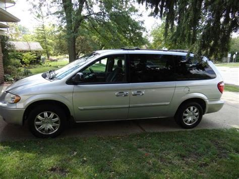 Find Used 2005 Chrysler Town And Country Touring In Ann