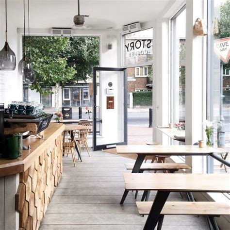 klein cafe interieur best 25 fashion shop interior ideas on pinterest