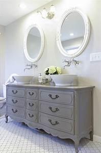 les 25 meilleures idees de la categorie salles de bains With modele de maison en l 17 choisissez un joli lavabo retro pour votre salle de bain