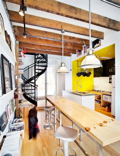 cuisine dans loft small live work project filled with color and energy