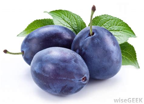 cuisine prune what is the difference between prunes and dried plums