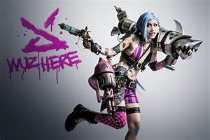 League of Legends Jinx Cosplay - Expose Gaming