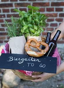 Geldgeschenke Zum Selbermachen : biergarten to go diy geschenkidee zum einzug ~ Lizthompson.info Haus und Dekorationen