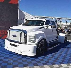 Ford F750  2016    Medium Trucks