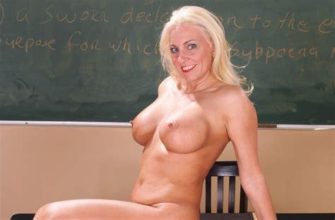 Milfs Porn Videos Watch Best Hd Milfs Sex Videos Now Page 37