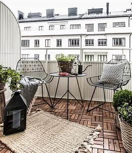 comment amenager un petit balcon la maison du canape With couleur de meuble tendance 8 comment decorer un salon au look scandinave coaching deco