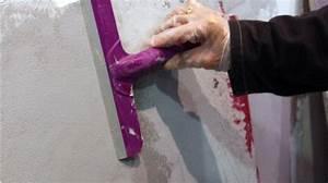 Comment Lisser Un Mur : comment appliquer un enduit effet b ton bricobistro ~ Dailycaller-alerts.com Idées de Décoration