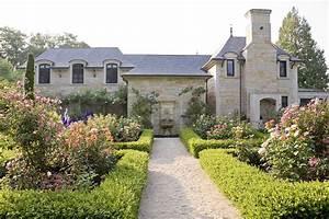 Courtyard, Residence