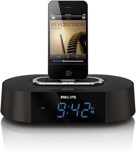 iphone clock radio alarm clock radio for ipod iphone aj7030dg 37 philips