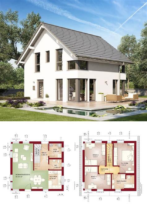 haus mit 2 wohnungen bauen einfamilienhaus mit satteldach grundriss quadratisch ohne