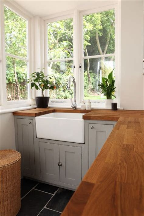 30 Rustic Countertops That Add Coziness To Your Home