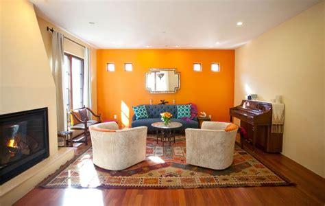 designing  decorating  orange living room