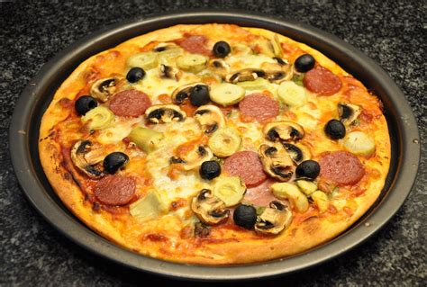 caprizzio bloem pizza capricciosa