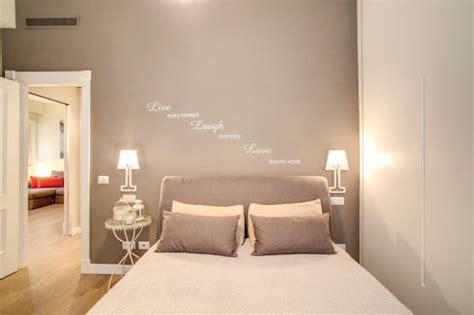 pitturazione da letto 8 colori giusti per la parete dietro al letto
